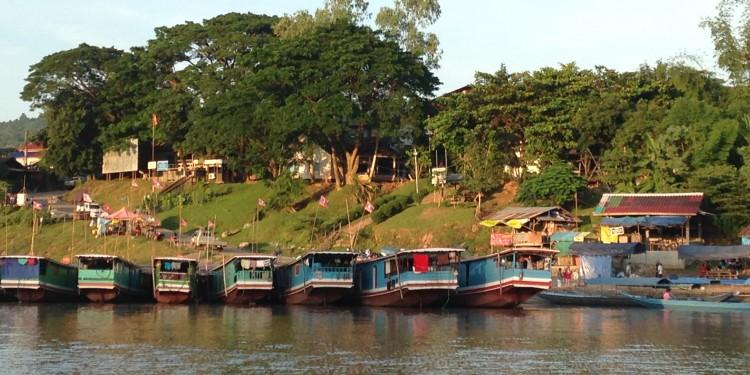 Laos_pak ben